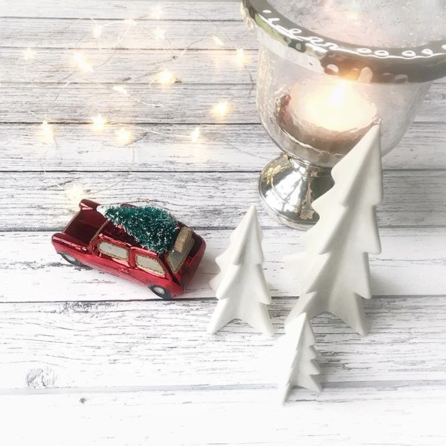 Faffing with trees, a candle and a wee car....not forgetting fairy lights too!