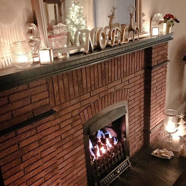 Cosy nights in........ shopping all done...... presents wrapped......no place like home