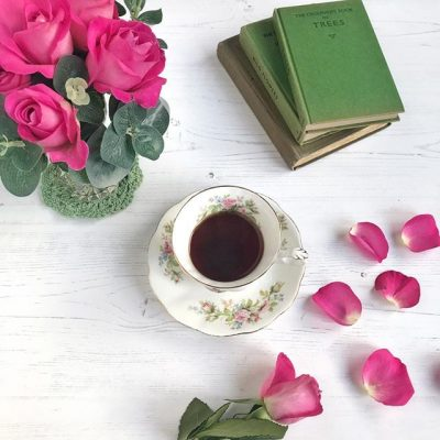 Roses, vintage books and vintage china